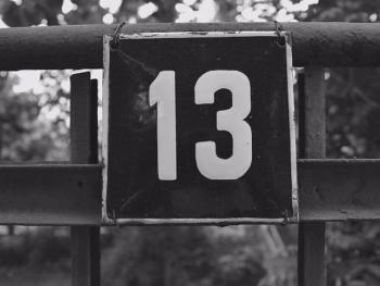 যে ১৩ কারণে ১৩ সংখ্যাটিকে অশুভ মনে করা হয়
